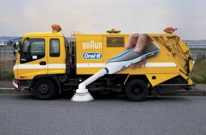 ambient marketing ejemplo Oral B