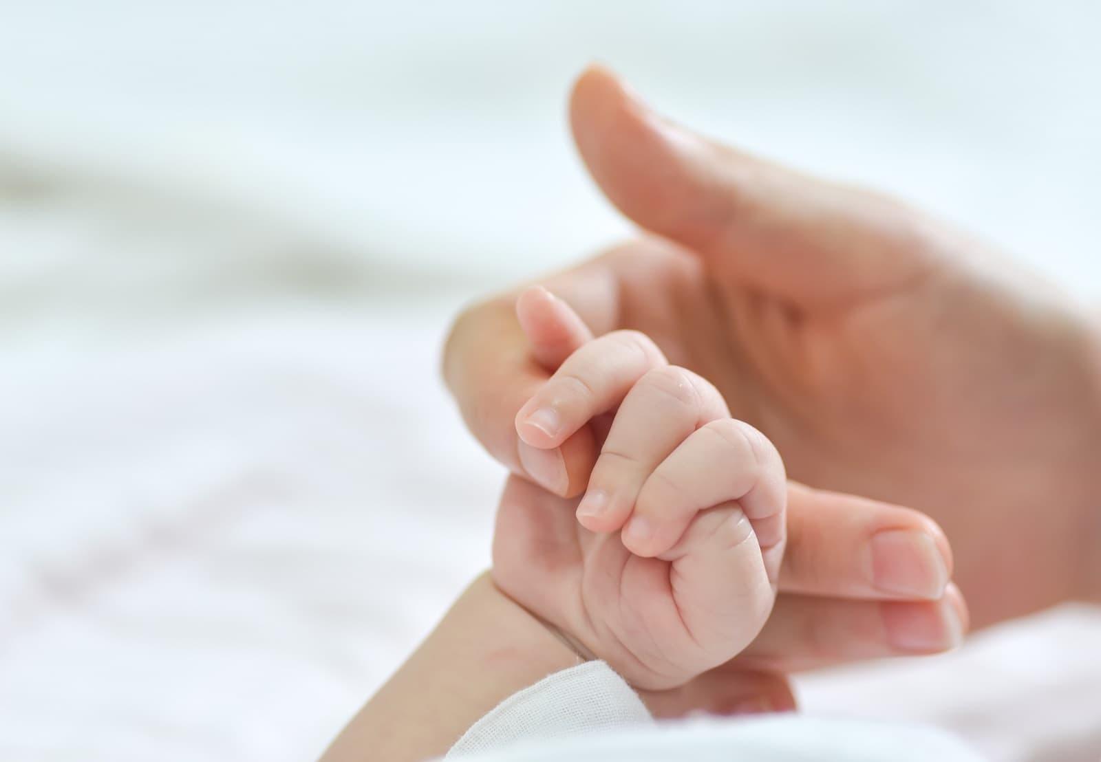 requisitos baja por maternidad